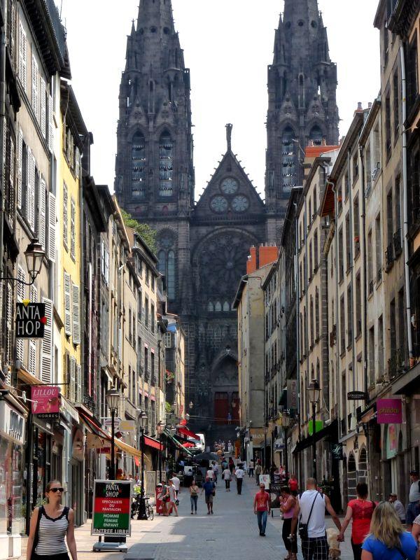 Clermont Ferrand- Rue des Gras